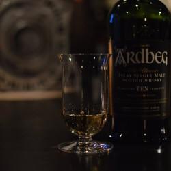 ardbeg&glass