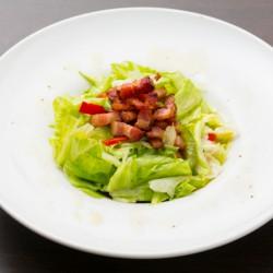 ベーコンのサラダ